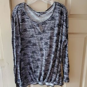 Nwot daisy Fuentes top